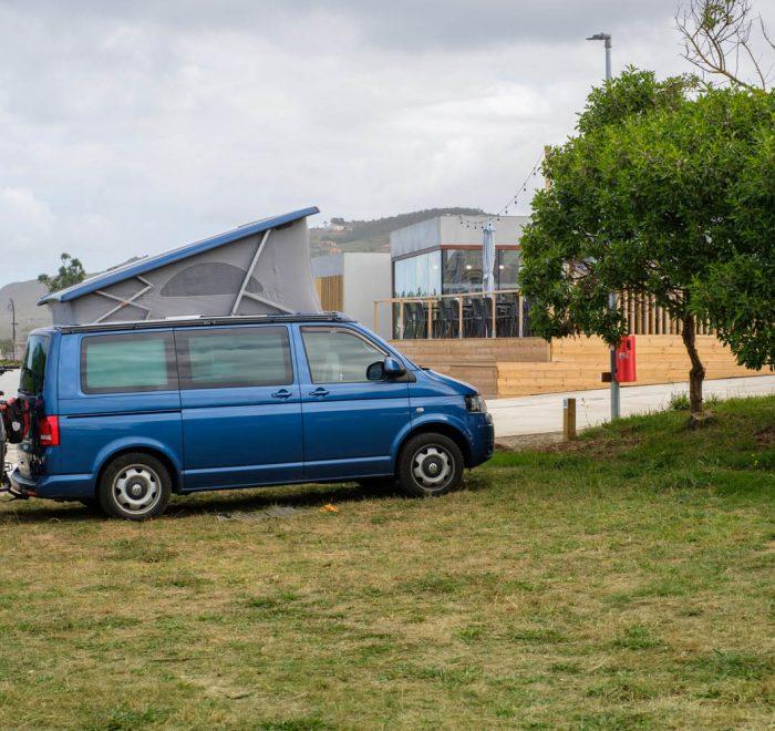 Camping A Lagoa y su entorno